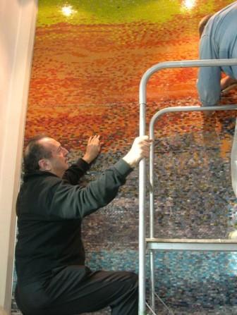Hotel Concordia, San Possidonio (Modena) mosaico, durante l'esecuzione